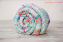 "Load image into Gallery viewer, ""Sweet Meringue"" Art Batt - 3-4 oz"