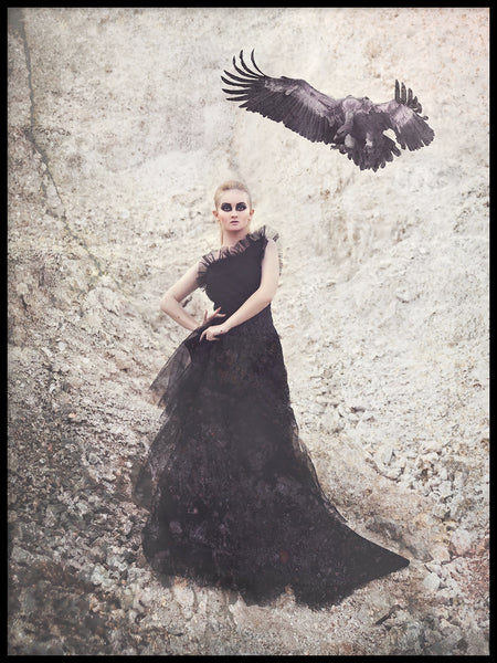 Poster: Vulture Queen, by Anna Mendivil / Gypsysoul