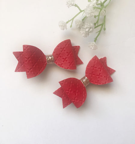 Red Quilted Piggy Clips