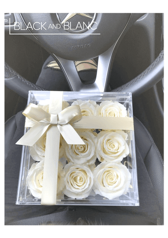 a bouquet of white roses, meaning, white roses, dubai forever rose, dubai online flower.