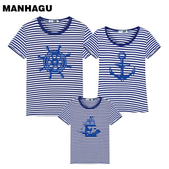 a9fb4d3bcb08 New Family Striped Summer Short-sleeve T-shirt Matching Family Clothing  Outfits Mother Daughter