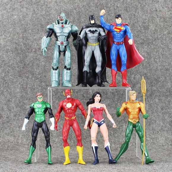 7Pcs/Set 17cm Justice League Superman Wonder woman Flash Batman Lantern Aquaman Action Figure Toys PVC Great Xmas Movable Gift