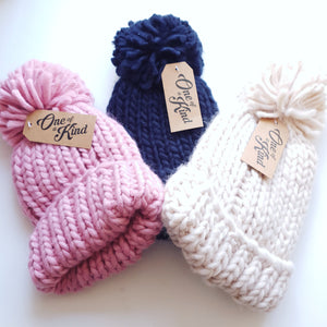 The chunky oversized hand knitted beanie in 3 different colours. Dusty pink, French navy, oatmeal.