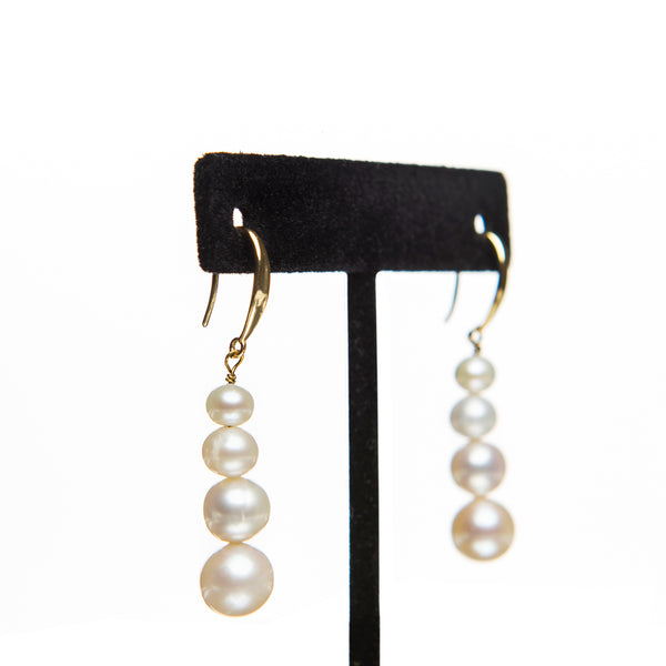 Graduated Pearl Earrings