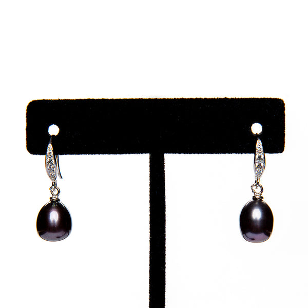Black Pearl Earrings