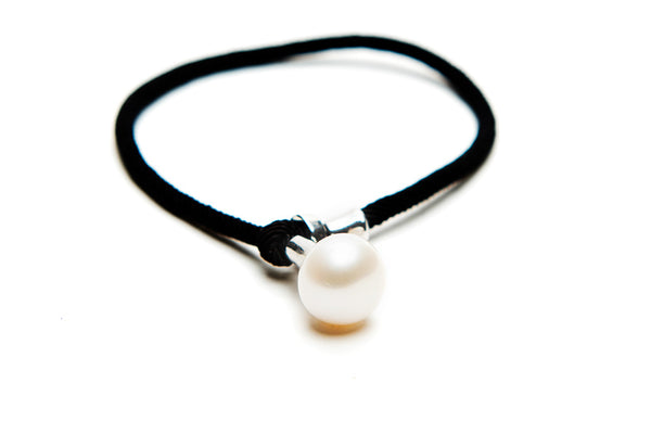 Black Band Pearl Bracelet