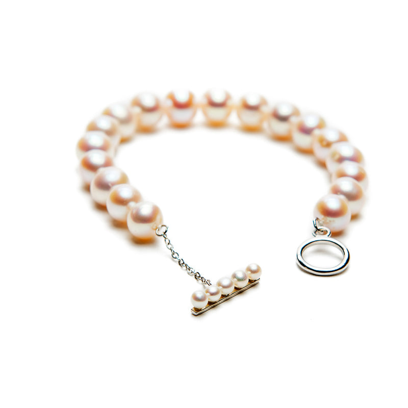 Toggle Clasp Pearl Bracelet