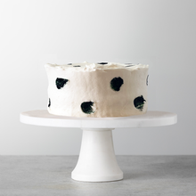 Load image into Gallery viewer, The Evercake inspired by Megan Markle's wedding cake, NYC delivery