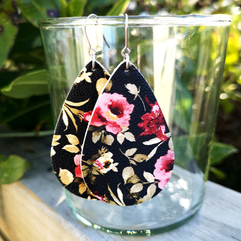 Teardrop - Black with Pink Floral