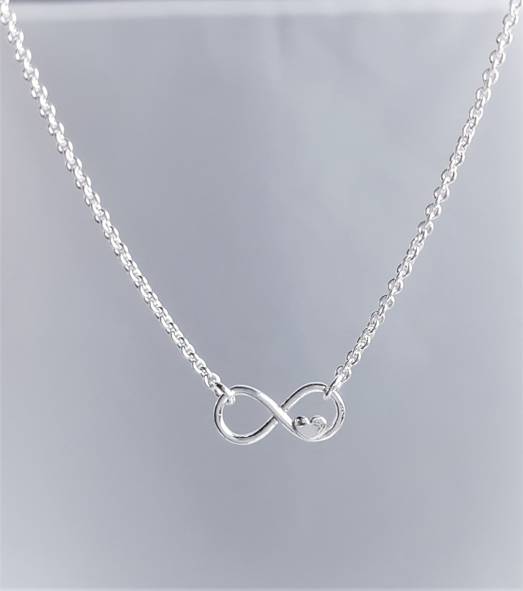 Halsband Eternity Heart
