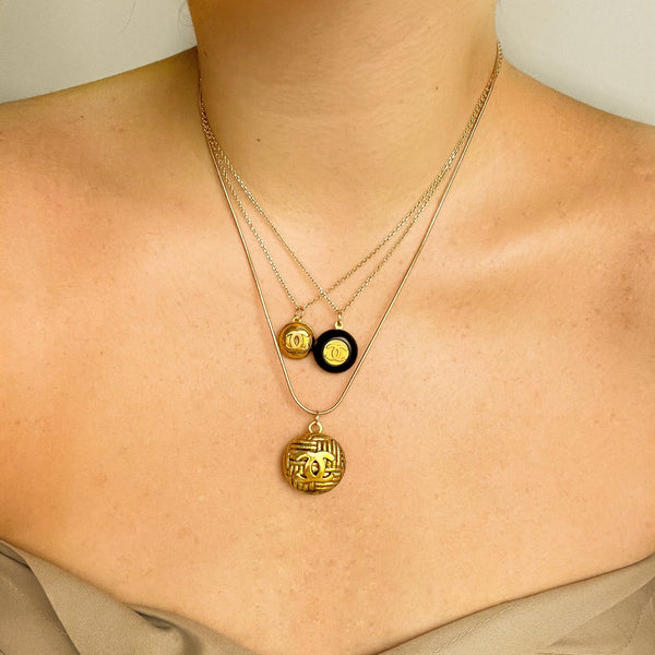 Chanel Button Pendant Vintage