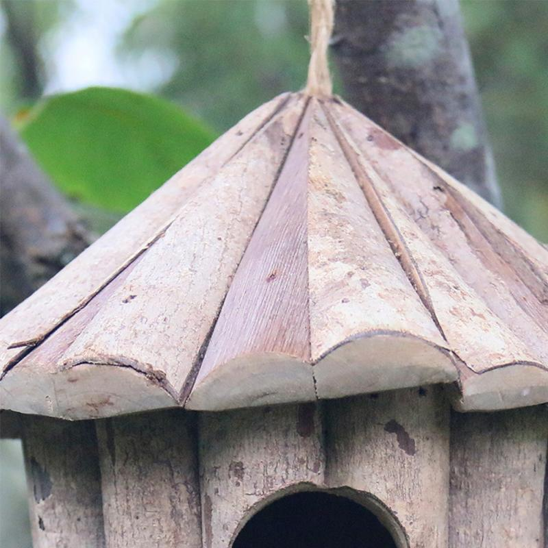 Wooden Hut Garden Birdhouse