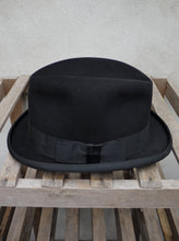 Load image into Gallery viewer, Homburg Hat (Black)