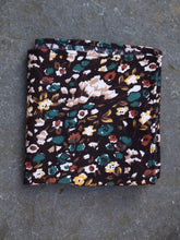 Load image into Gallery viewer, Pocket Square | Woodland (Brown)