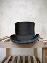 Load image into Gallery viewer, Edwardian Top Hat (Black)