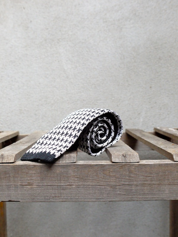 Silk Knit Tie (Houndstooth)