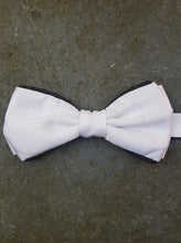 Load image into Gallery viewer, Silk Contrasting Bow Tie (White-Black)