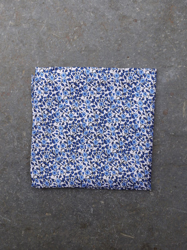 Pocket Square | Sketched Flower (Blue)