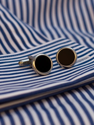 Onyx Cufflinks guit surround