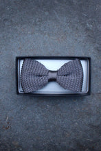 Load image into Gallery viewer, Silk Knit Bow Tie (Grey)