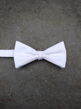 Load image into Gallery viewer, Marcella Bow Tie (White)