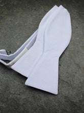 Load image into Gallery viewer, Marcella Self Tie Bow (White)