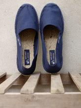 Load image into Gallery viewer, Espadrilles (Navy)
