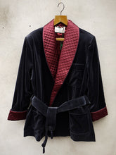 Load image into Gallery viewer, Smoking Jacket | Velvet (Navy)