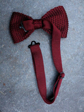 Load image into Gallery viewer, Silk Knit Bow Tie (Red)