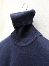 Load image into Gallery viewer, Roll Turtleneck Jumper | Roulé (Navy)