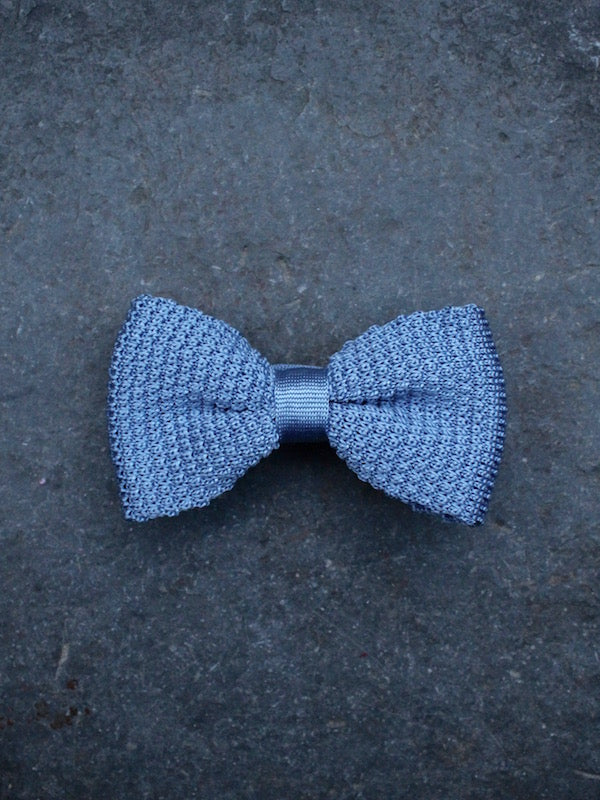 Silk Knit Bow Tie (Pale Blue)