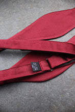 Load image into Gallery viewer, Silk Self Tie Bow (Wine Red)