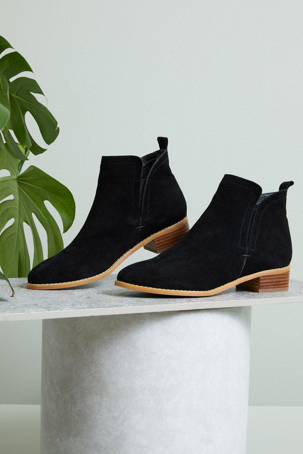 Getaway Boot - Black-Shoes-Eb & Ive-The Bay Room