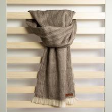 Load image into Gallery viewer, Alpaca scarf - Bronze