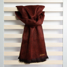 Load image into Gallery viewer, Alpaca scarf - Merlot