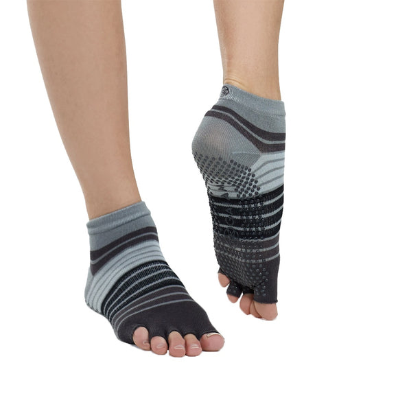 Gaiam | Toeless Yoga Socks - Dynamic Sports