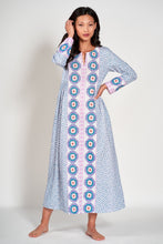 Laden Sie das Bild in den Galerie-Viewer, Tigers Eye Kaftan -blue- Nimo with Love: Baumwoll Kaftan, Borten, Ärmel, Schlitze