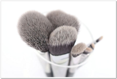 revolution-concealer-brush