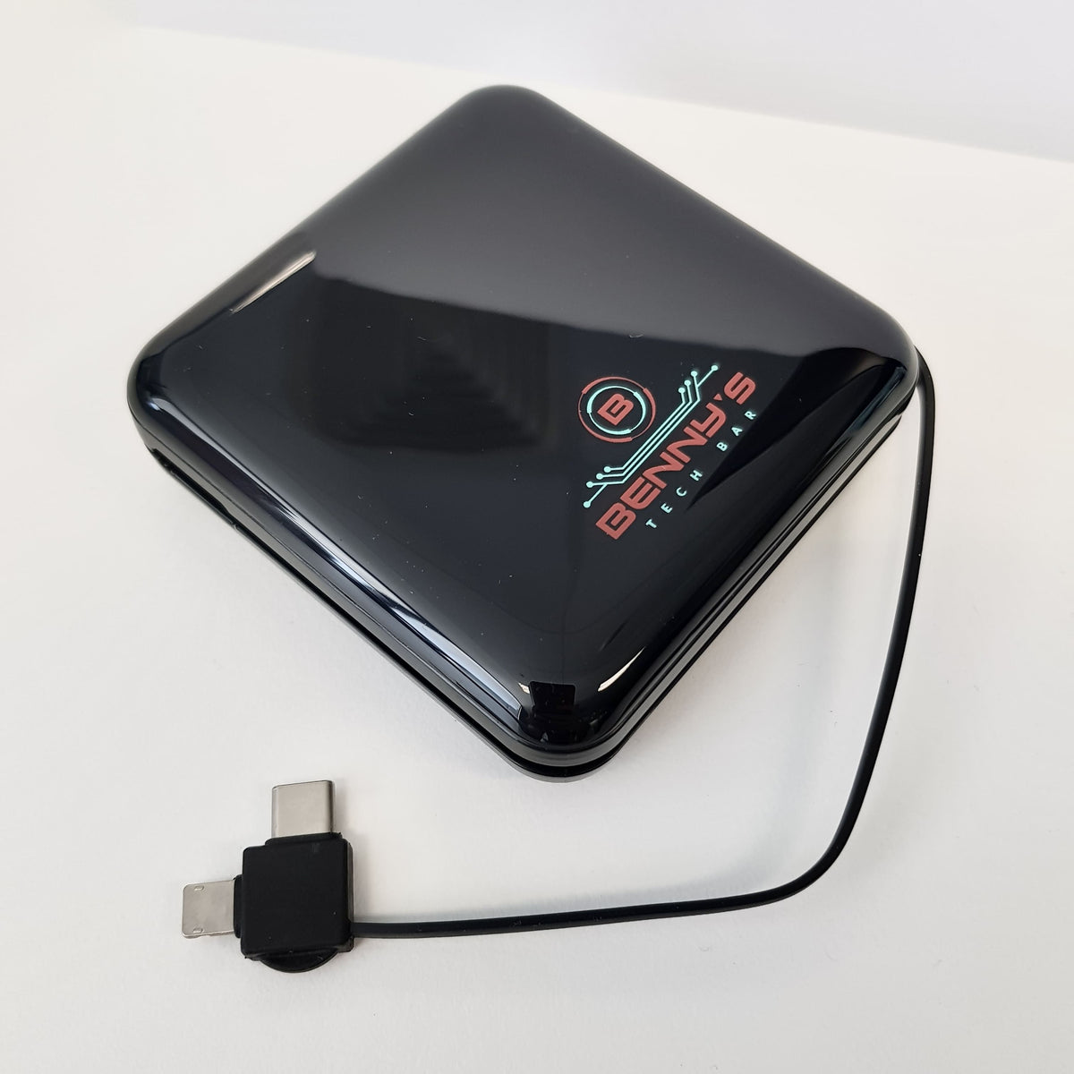 BTB Fast Charger Power Bank and Cable