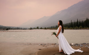 Beaching Wedding at Yoho National Park | LilacBridal