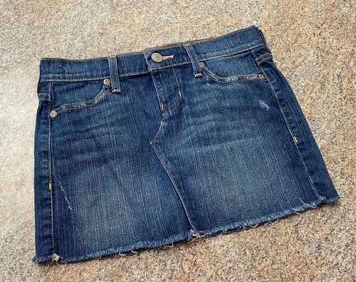 Old Navy ultra low rise stretch denim skirt sz 2 woman's EUC