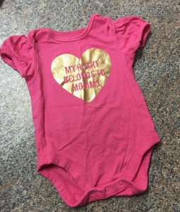 Children's Place pink gold my heart belongs to mommy bodysuit sz 3-6 months EUC