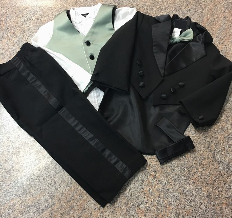 Black Tux with green vest & bow tie sz 2 EUC