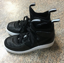 Load image into Gallery viewer, Nike air black white lace up high tops sz 2 youth ~ tiny scuff on toe