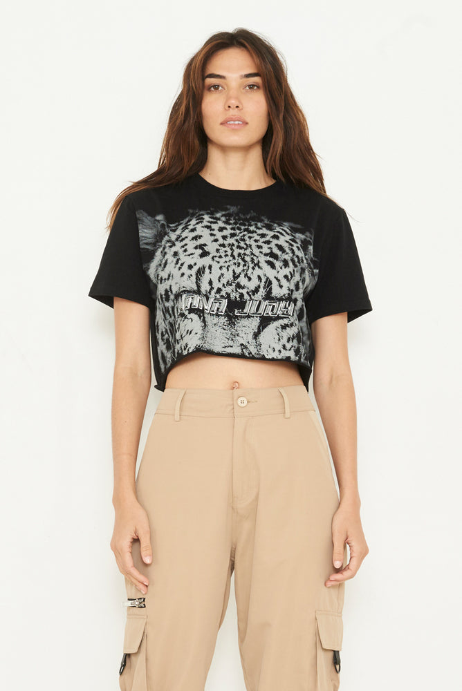 THE ESSEX CROP TEE