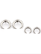 Load image into Gallery viewer, Fashion Punk Metal Moon Earrings