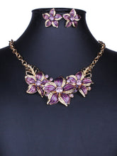 Load image into Gallery viewer, Floral Shape Earrings And Necklace Set