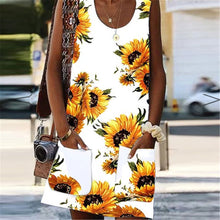 Load image into Gallery viewer, Casual Round Collar Printed Loose Vacation Dress