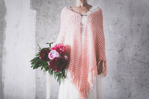 BOHO EXCLUSIVE BRIDAL CAPE Pantone color of the year 2019 living coral