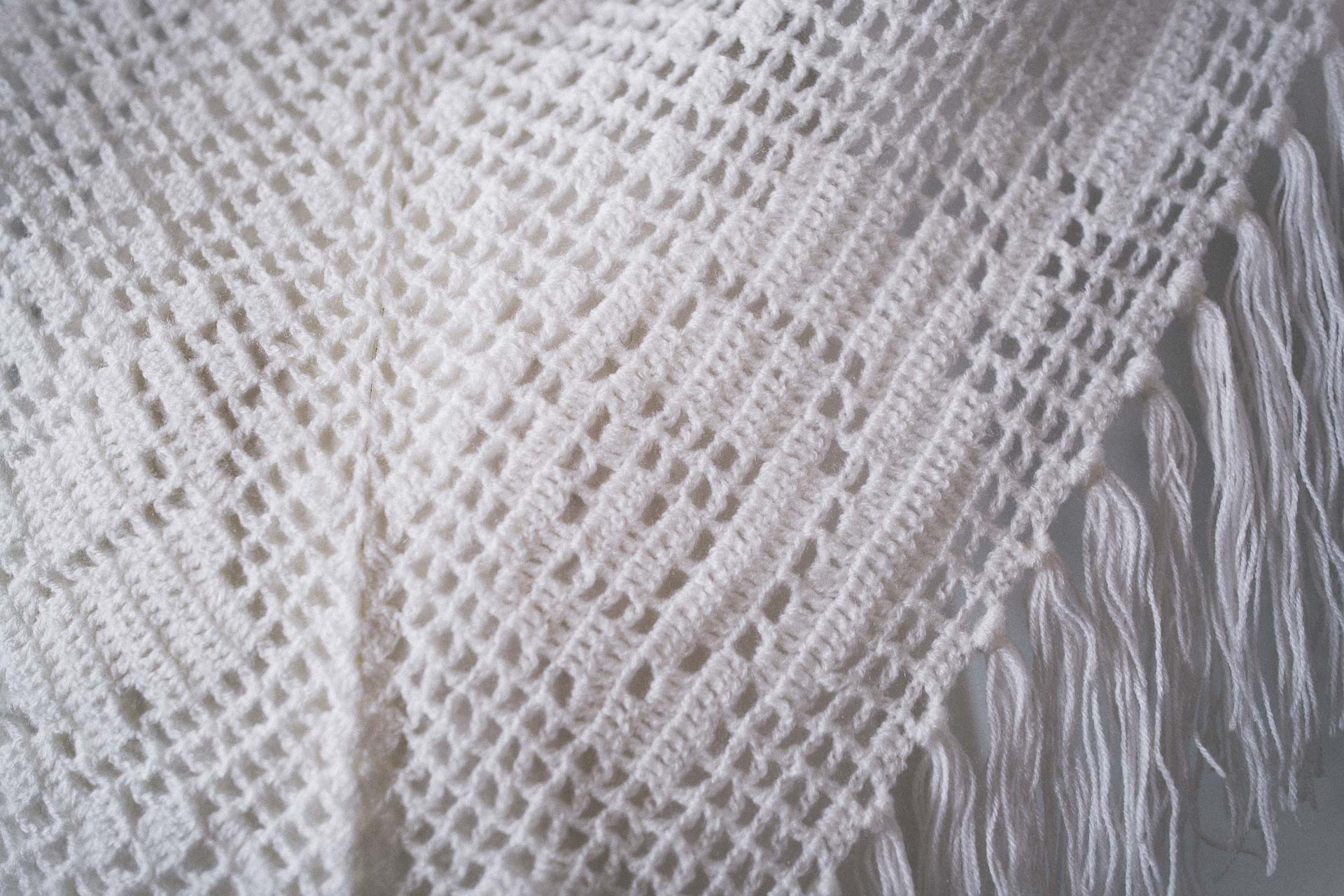 BOHO EXCLUSIVE BRIDAL STOLE white geometrics
